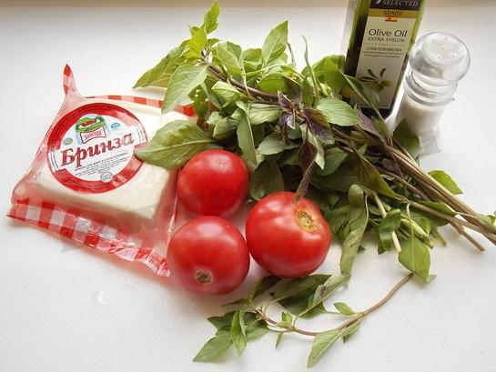 ингредиенты для салата с базиликом