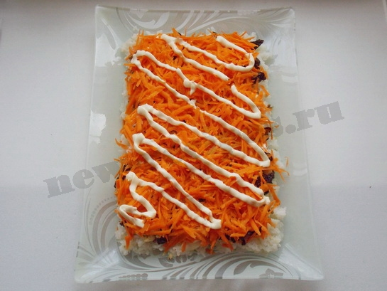 4 слой - тёртая морковка