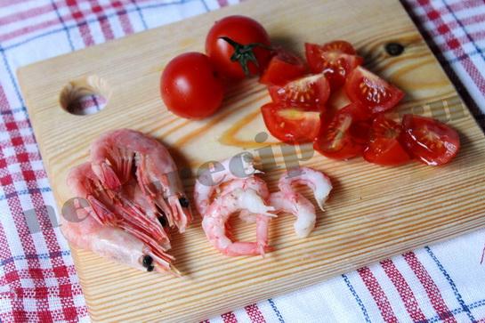 Диетический салат с креветками 3