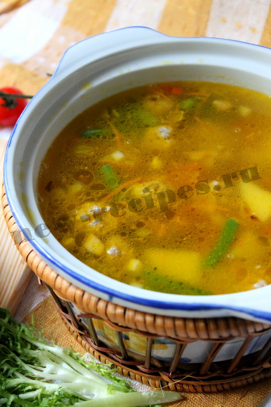 Легкий овощной суп с фрикадельками