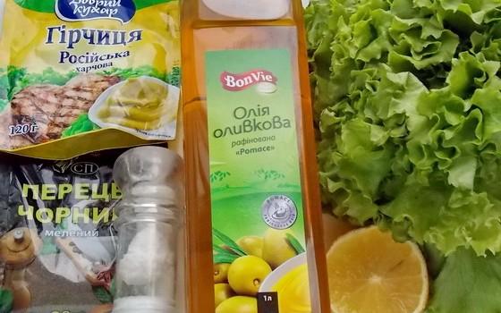 ингредиенті для оливково-лимонной заправки для салата