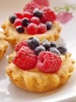 тартинки с ягодами