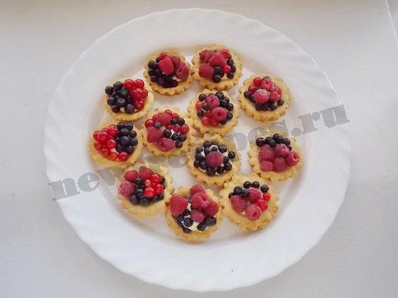 тартинки с ягодами готовы