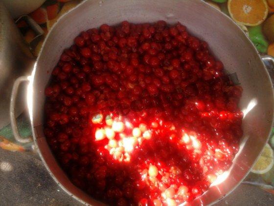 провариваем вишни