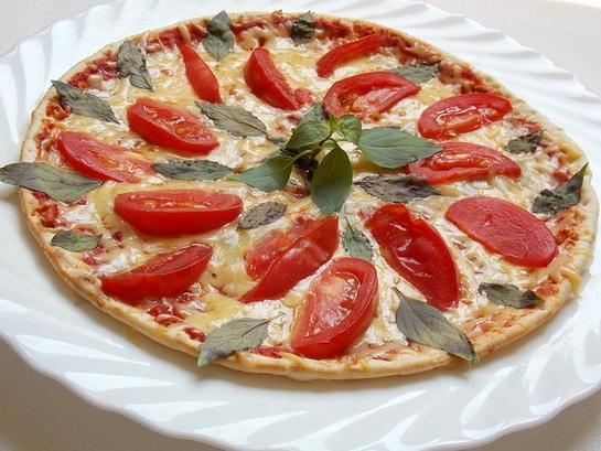 пицца сыр помидоры фото
