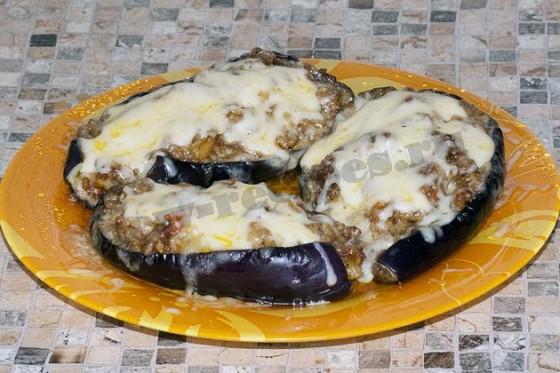 лодочки из баклажанов с сыром