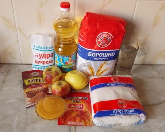 ингредиенты для медовой коврижки с яблоками