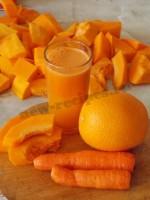 сок из тыквы, апельсина и морковки