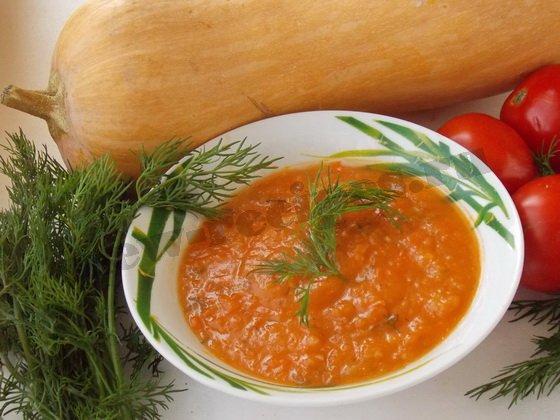 тыквенный суп пюре со сливками и томатом