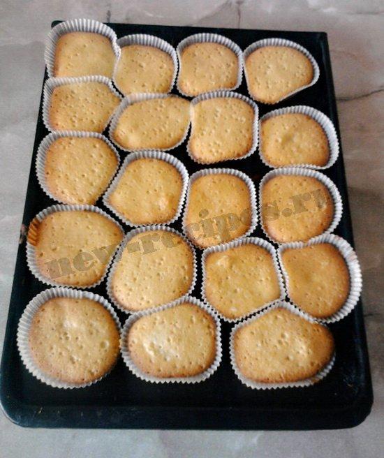 выпекаем ванильные кексы с изюмом