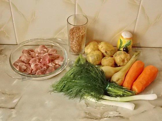 ингредиенты для гречневого супа с мясом