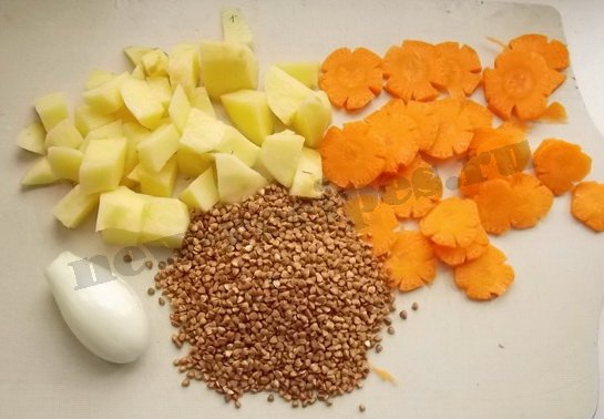 нарежем картошку и морковку