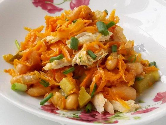 рецепт салата фасоль курица огурец морковка