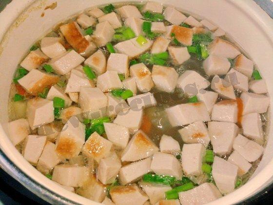 добавим в суп зелень