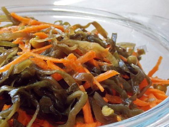 салат с морской капустой и горошком