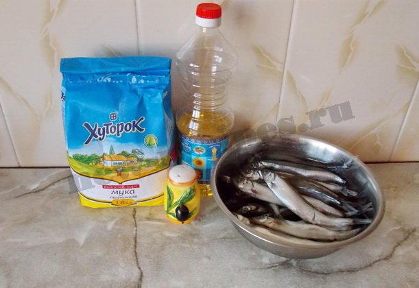 ингредиенты для жареной мойвы