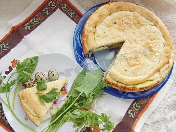 слоёный пирог с творогом и шпинатом