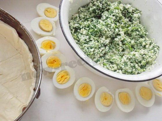 начинка для пирога со шпинатом, творогом и яйцами