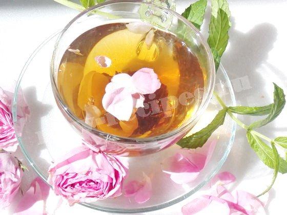 для аромата добавим в чай мяту