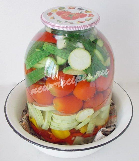 заливаем овощи кипятком
