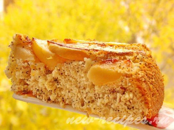 вкусный пирог с айвой, орехами и маком
