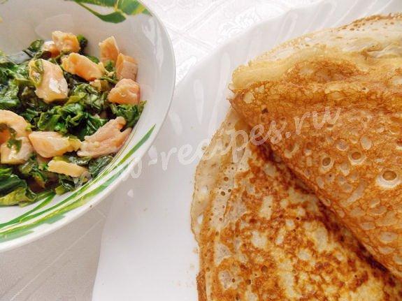 приготовим блины и начинку из тушёного шпината