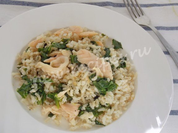 рис с сёмгой и шпинатом