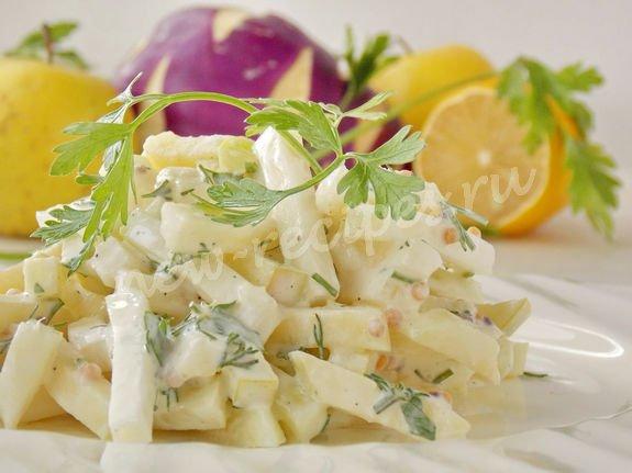 вкусный салат из капусты кольраби