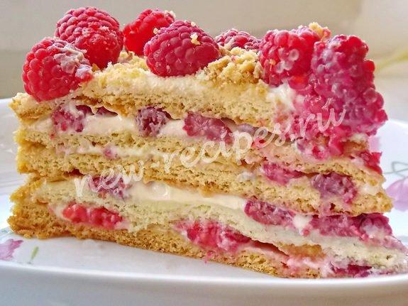 медовый торт с малиной