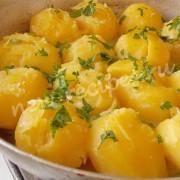 картошка в бульоне