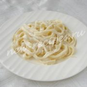 макароны со сливками